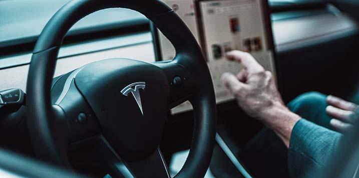 04092020_Tesla